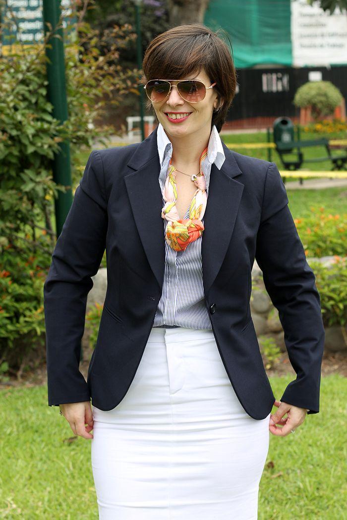 Divina Ejecutiva: Mis Looks - La falda blanca