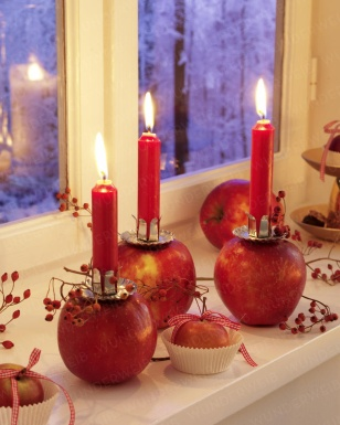 Apple candle holdersCandles Decor,  Tapered, Decor Ideas, Apples Candles, Fall Decor, Thanksgiving Decor, Candles Centerpieces, Candles Holders, Candles Magic