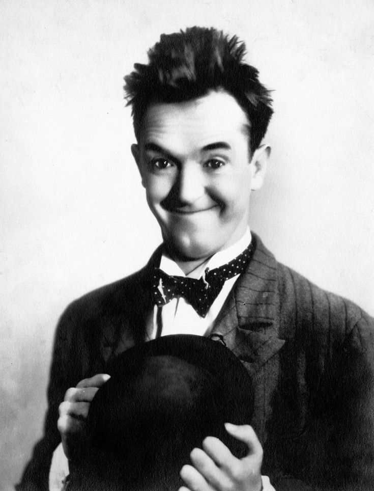 Arthur Stanley Jefferson 'Stan Laurel' Født: 16. juni 1890, Ulverston, Storbritannien Død: 23. februar 1965, Santa Monica, Californien, USA