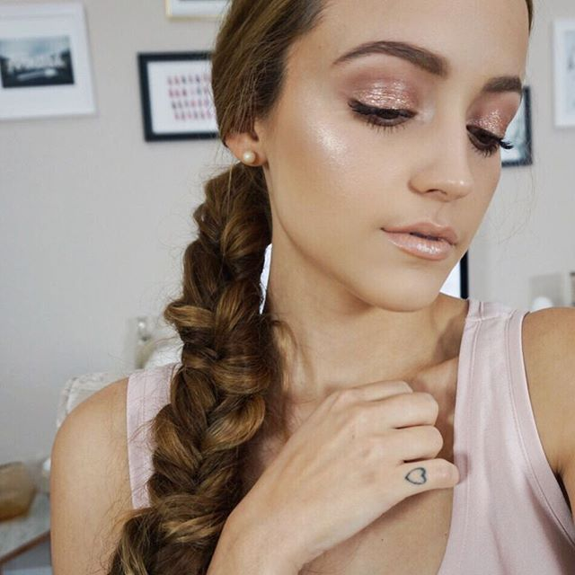 """Inspiration for the """"Fight or Flight"""" makeup. I would like a pale, glowing look that is pink and subtle."""