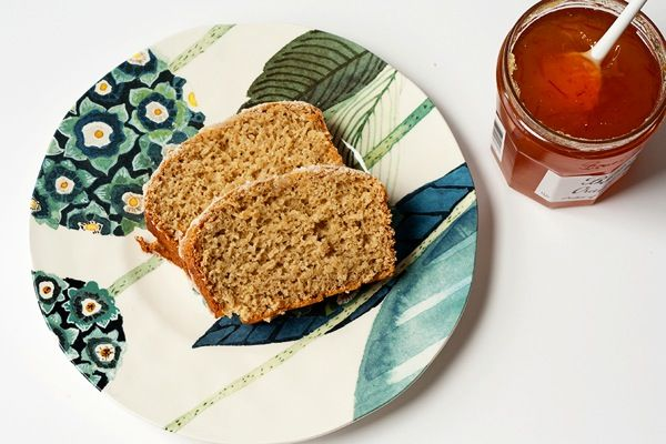 Vanilla Chai Quick Bread | #BrunchWeek - Savvy EatsRed Kitchen