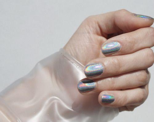 make-up, nails, nail polish, holographic, silver, rainbow, glitter