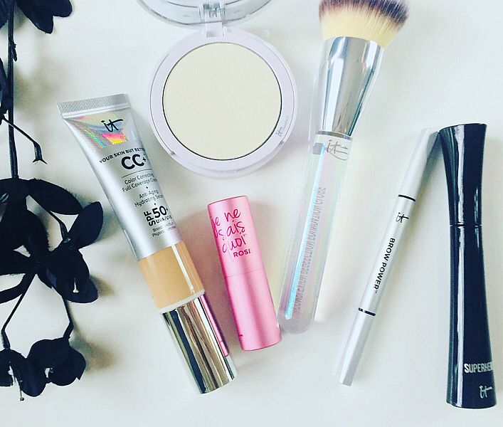 It cosmetics sale going on today on @qvc  - don't miss out! @qvcbeauty @itcosmetics  - you'll find a great deal on #ItSuperstars favorites! The fab super voluminous hero mascara is my fav!! What's yours?  #beauty #makeup #skincare #cosmetics #beautymusthaves #beautyblog #beautyblogger #makeupblog #makeupblogger #instabeauty #makeupaddict #makeupdiaries  To see the pic in SelfieMark and like it or comment, tap to get the app - www.selfiemark.com