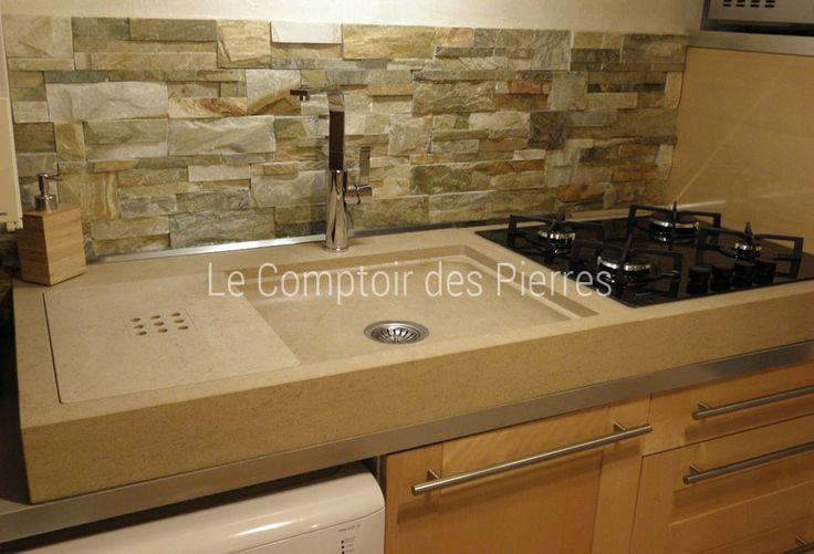 Evier cuisine en pierre de Bourgogne avec encastrement plaque de cuisson