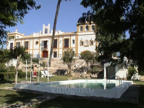 Un paisaje andaluz, el mejor telón de fondo de una boda civil al aire libre http://www.lasalcabalas.com/esp/index.htm