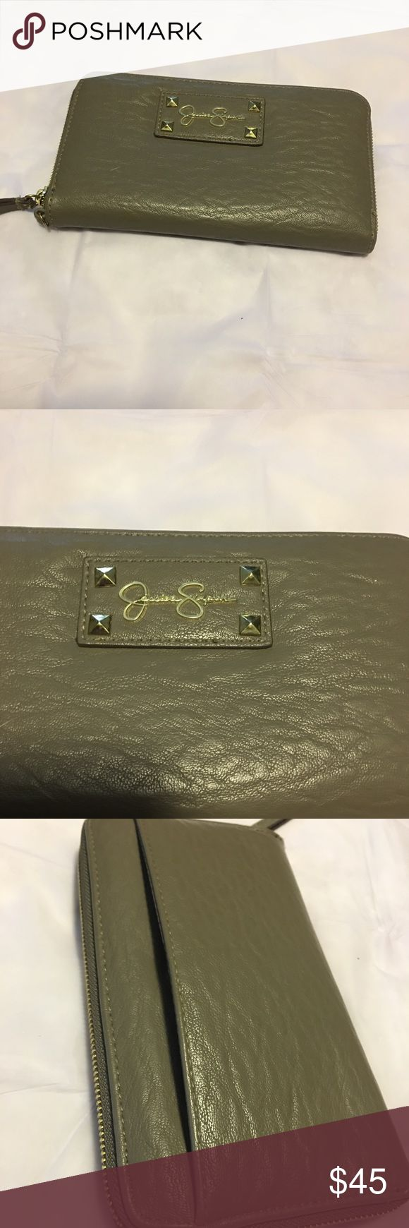 Jessica Simpson wallet Jessica Simpson wallet in good condition lots of pockets Jessica Simpson Bags Wallets