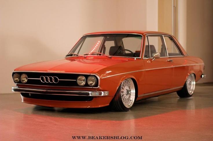 Slammed vintage Audi