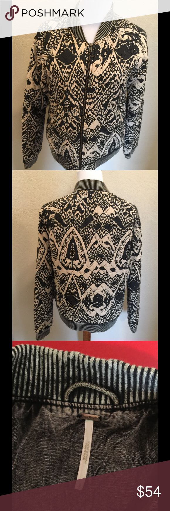 Free people zip black/cream jacket S Cute jacket by free people  100% rayon  Size S Quilted jacket Free People Jackets & Coats