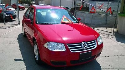 Volkswagen  Jetta  2010  Como Nuevo