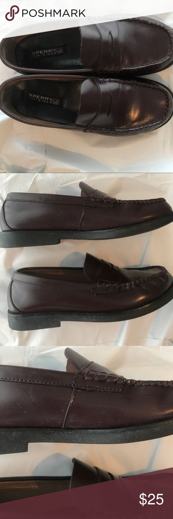 Boys leather sperry loafers size 5 A few scuffs on the sides ( as pictured) but overall are in great condition Sperry Top-Sider Shoes Dress Shoes