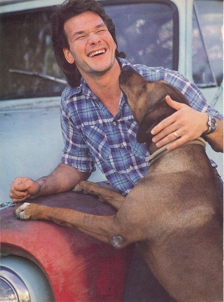 Patrick Swayze.... my god, he's such a talended actor... I hate Cancer so much! It takes the lives of so many awesome people.