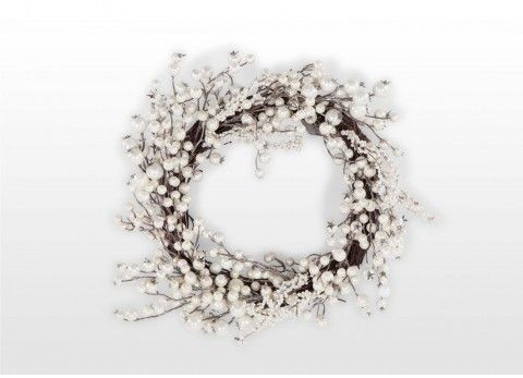 This Pearl Wreath is a beautiful wreath, full of rich white pearl berries tucked into 55 cm ring. This decorative piece is included in our carefully selected Christmas Wreaths & Garlands Collection and would add a touch of elegance to any Christmas decoration. #Christmas2016