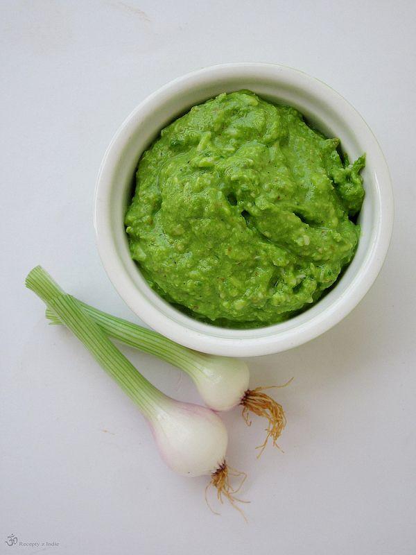 Recepty z Indie: Pesto z jarnych cibuliek / Spring onion pesto