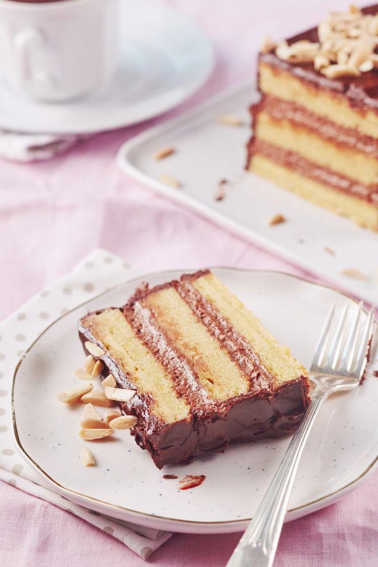 Recipe: Flourless Chocolate and Almond Layer Cake — Passover Recipes