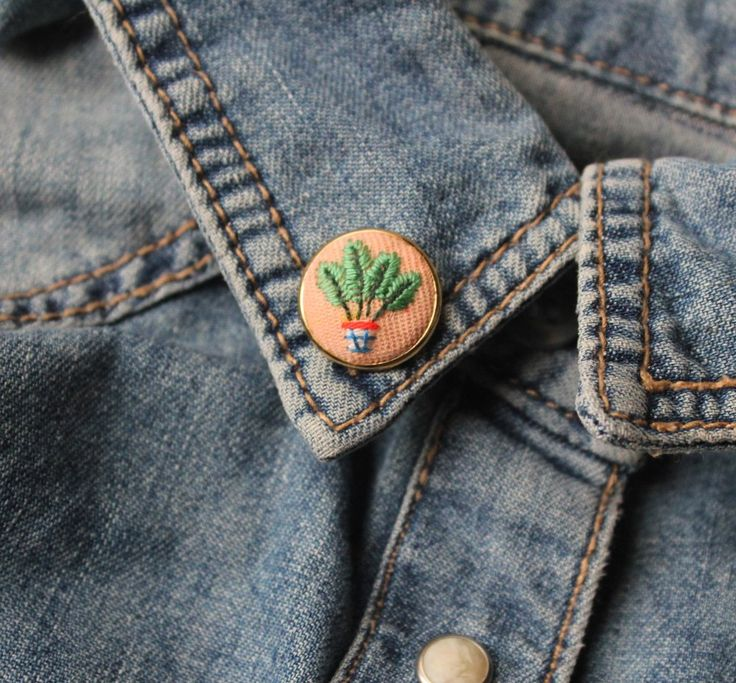 Image of Areca Palm Hand Embroidered Pin