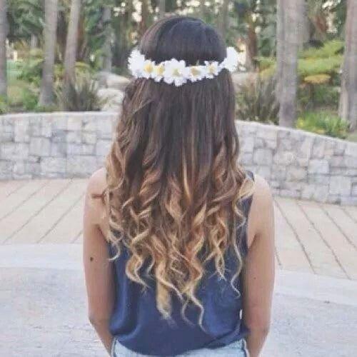 Bellini, cute hair, coroncina di fiori, flowers, punte bionde, capelli magnifici!