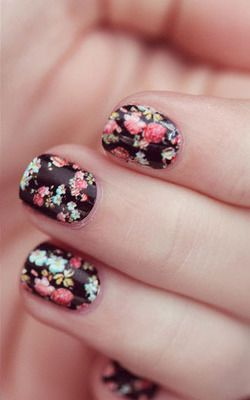 Floral Nail Art- honey, the only way this is happening is by nail stickers.