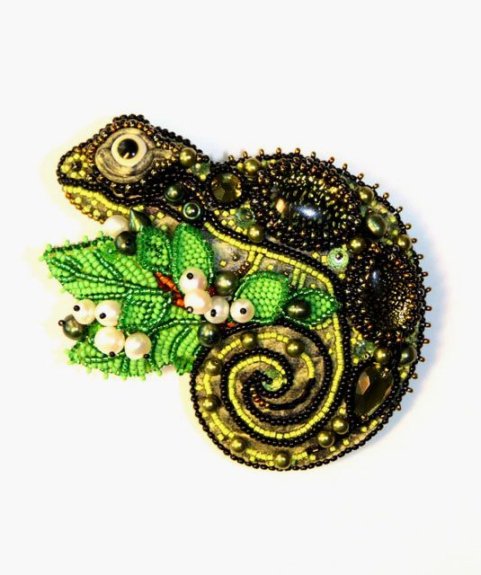 Brooch Beads: 1000+ Images About Beaded Embroidery On Pinterest