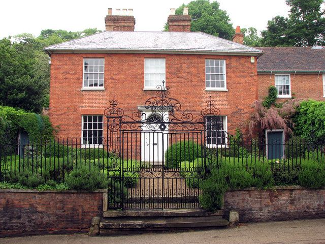 Georgian country house frontage