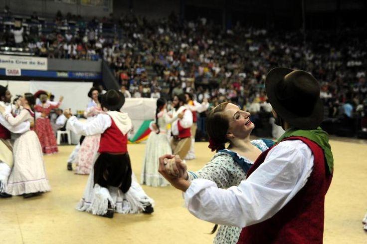 Grupos da Serra participam do Enart em Santa Cruz do Sul.:imagem 4