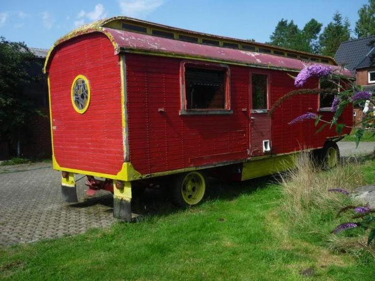 wir bieten hier unseren zirkuswagen an der 8 meter wagen. Black Bedroom Furniture Sets. Home Design Ideas