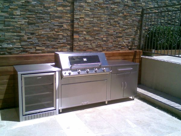 Tamarama outdoor kitchen and bbq