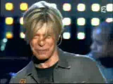 David Bowie at Hurricane Festival 2004 (snippet) - YouTube