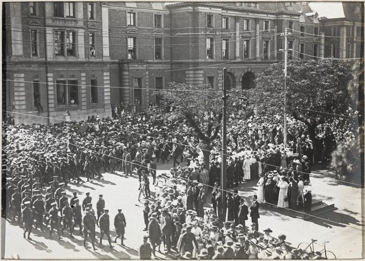 BA292/7/20: 1st Anzac Day celebrations, Perth, 1916 https://encore.slwa.wa.gov.au/iii/encore/record/C__Rb3600611
