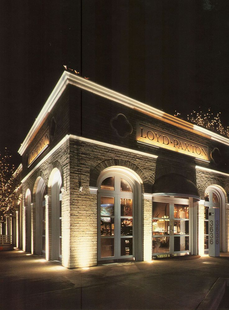 Best 25 restaurant facade ideas on pinterest cafe for Building exterior lighting design