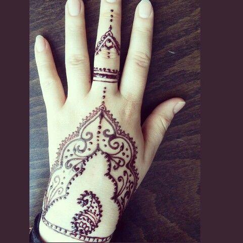 Henna tatto hint kinasi india hand tatto mehendi mehndi
