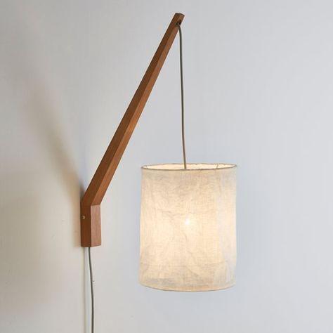 Applique murale, Setto La Redoute Interieurs : prix, avis & notation, livraison. Applique murale, Setto. Design original par sa forme atypique composée d'une base en bois de frêne et métal au bout duquel est suspendu un abat-jour en lin. Un style cocoon et cosy facile à vivre ! Description de l'applique Setto :Douille E14 pour ampoule 40W max, (non fournie).Ce luminaire est compatible avec des ampoules des classes énergétiques : A,B,C,D ,ECaractéristiques de l'applique Setto :Structure en…