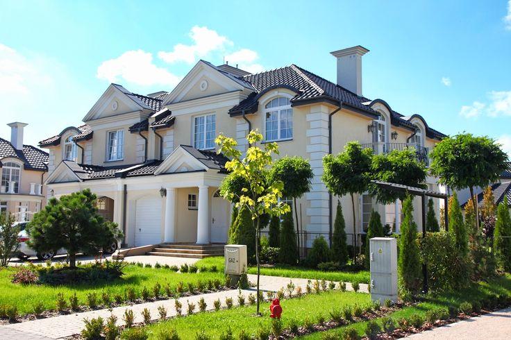 Kameralne osiedle domów i rezydencji położone zaledwie 18km od W-wy.