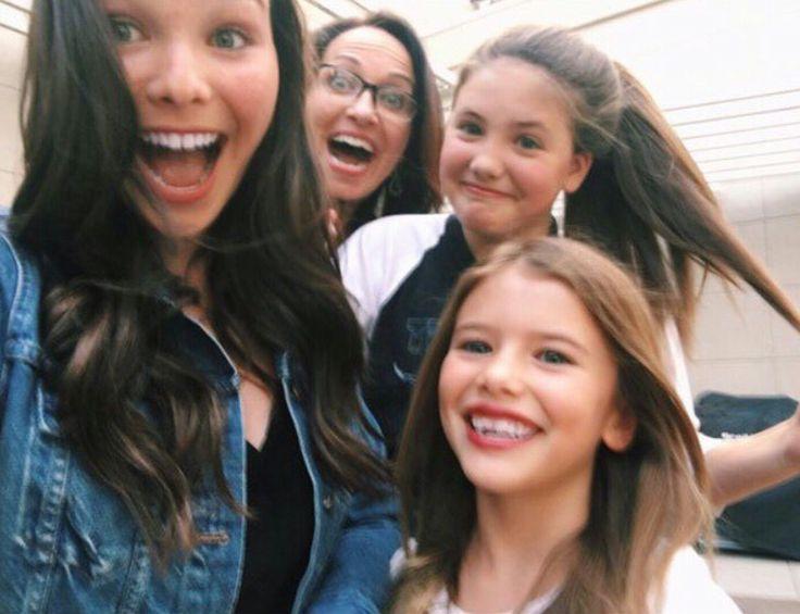 Lily Cornell, Mrs Cornell, Olivia Vedder and Harper Vedder