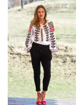 hand embroidered top from Moldavia - bohemian blouse -  worldwide shipping!