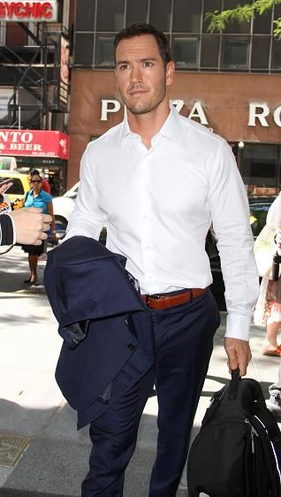 Mark-Paul Gosselaar is cast in NBC pilot 'People Are Talking'   TheCelebrityCafe.com