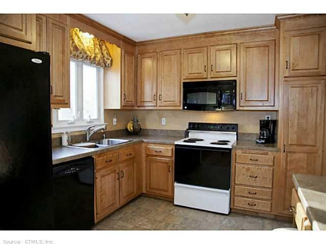 7 best The Kitchens of the Famous images on Pinterest | Kitchens ...