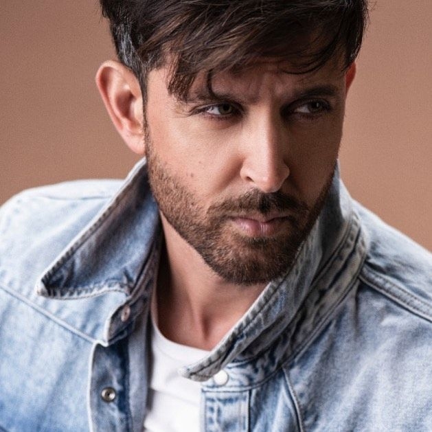 Contemplating My Next Move To Win The War Hrithik Roshan Hairstyle Hrithik Roshan Hair Movie