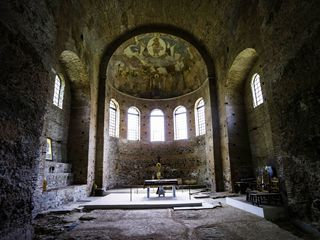 Thessaloniki is rich in Paleochristian and early Byzantine churches like this one