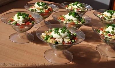 Salata in cupe, in straturi