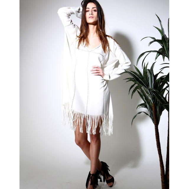 Kaftan Antik Batik, cliquez sur l'image pour shopper #bazarchic #robe #dress #kaftan #antik #batik #antikbatik #boheme #bohemian #indien #fashion #mode #franges