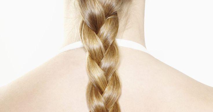 ¿Cuánta biotina debes tomar para el cuidado del cabello?. La biotina se utiliza, sobre todo, para el crecimiento del cabello y evitar su pérdida. Los suplementos de biotina son el mejor remedio para mantener el espesor del cabello, así como mantenerlo sano y prevenir o reducir la pérdida del cabello.