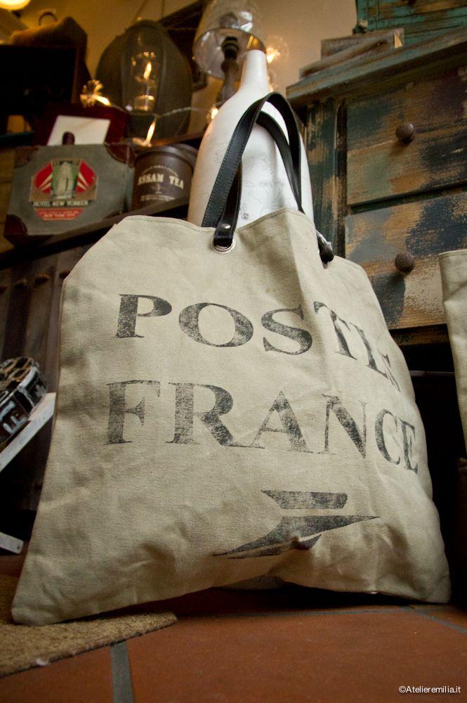 Borse intessuto e manici in pelle . da I Tesori Coloniali #itesoricoloniali #bags #borse #accessori #moda #reggioemilia