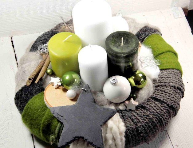 Great extraordinary advent wreath! Wonderful christmas decor /// Toller außergewöhnlicher Adventskranz! #Weihnachten #Deko