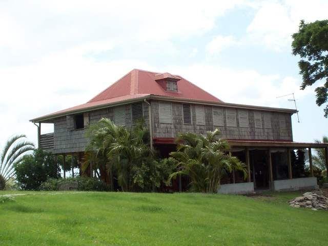 Habitation Beauséjour Pointe-Noire Guadeloupe maison coloniale - construire sa maison en guadeloupe