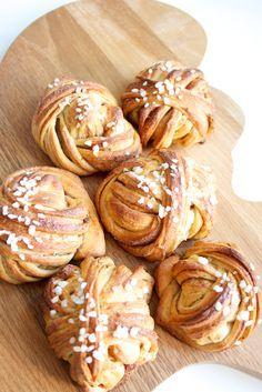 Hämmentäjä: Maailman kauneimmat korvapuustit. World's most beautiful cinnamon buns.