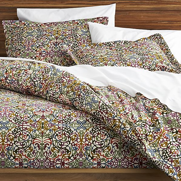 Lucia Duvet Covers and Pillow Shams --if I had my way, this would be on my bed right now