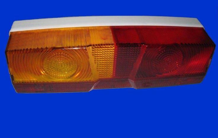 Linkes Rücklicht, Hella mit weissem Gehäuse für Case Traktoren d XL Serie