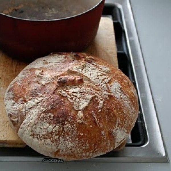 Jeg kan ikke anbefale oppskriften for no-knead bread nok!!!!! For å få enda flere til å prøve seg på verdens...
