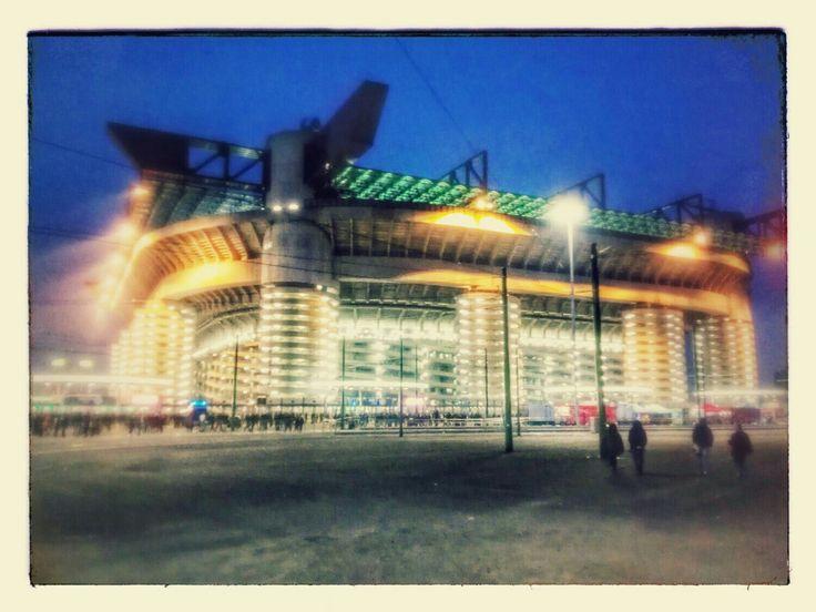 Luci a San Siro | Milano | Travelling | Light | Sport | Night