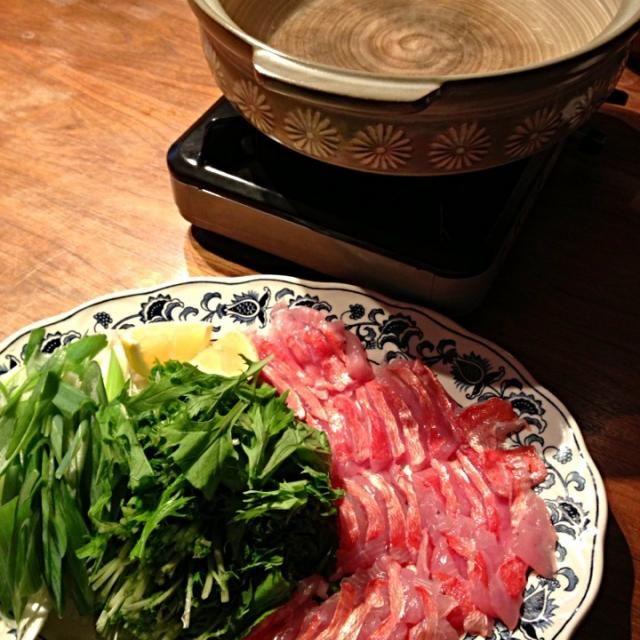 昆布出汁で〆の雑炊まで美味かったな。  温かい鍋…そんな季節になりました( ^ω^ ) - 47件のもぐもぐ - 金目鯛のしゃぶしゃぶ by hiko117